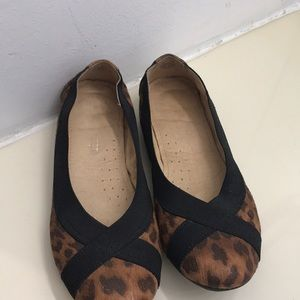 1 pair of naturalized women's shoes in good shape